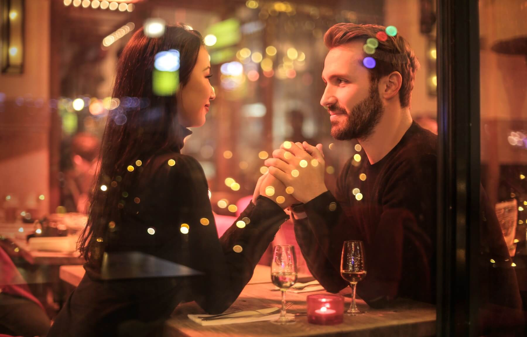 4 Tips To Hold The Perfect Finance Date Night